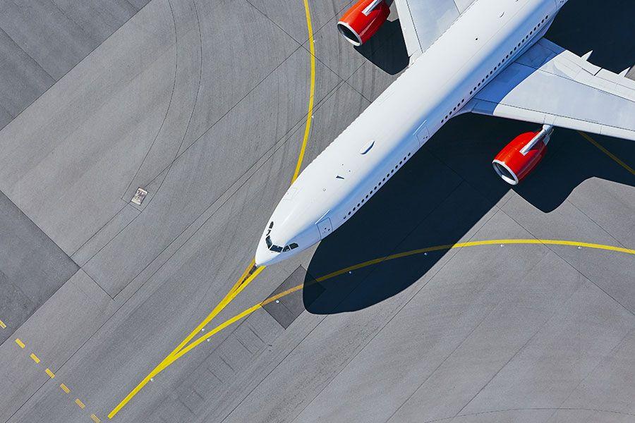 Samolot na pasie