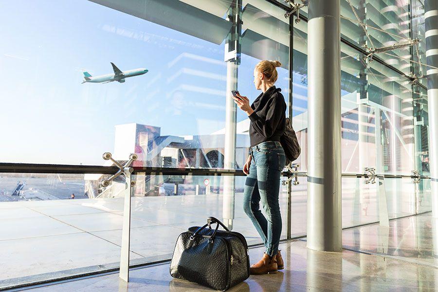 pasażerka na lotnisku